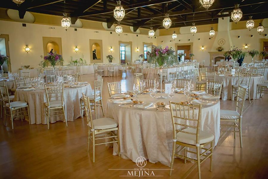 Salon para bodas finest el saln plaza una opcin para celebrar tu boda en hacienda jacaranda - Casa junco colombres ...